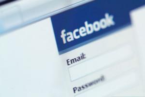Inchiesta - Facebook, sino a che punto arriveremo?